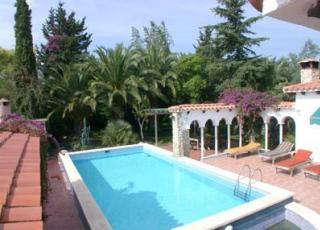 Holiday house with pool in Costa Dorada in Montroig del Camp (Spain)