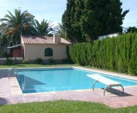 Holiday house in Montroig Bahia with pool, in Costa Dorada.