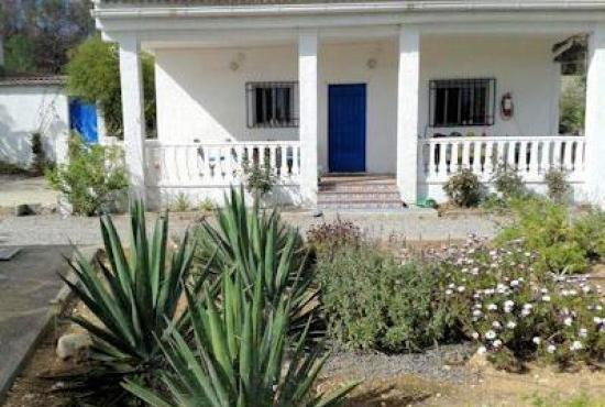 Holiday house in Pedralba, Costa Azahar - House with grounds