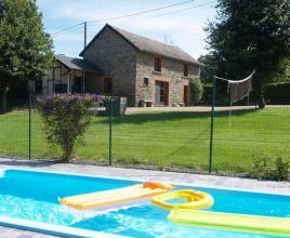 Casa vacanze con piscina in Houffalize, in Ardenne.