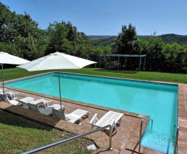 Holiday house in Radicofani with pool, in Tuscany.