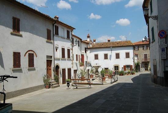Vakantiehuis in San Giustino Valdarno, Toscane - Castiglion Fibocchi