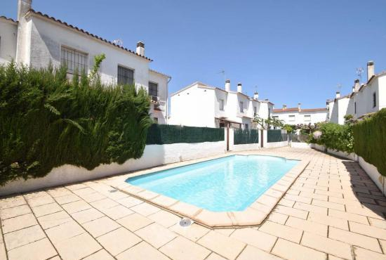 Vakantiehuis in L'Escala, Costa Brava - Gemeenschappelijk zwembad