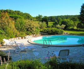 Holiday house in Lincel with pool, in Provence-Côte d'Azur.