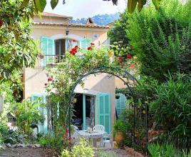 Vakantiehuis in Villefranche-sur-Mer aan zee, in Provence-Côte d'Azur.