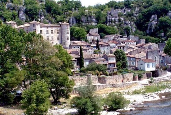 Ferienhaus in  Pont-d'Ucel, Provence-Côte d'Azur - Vogüé