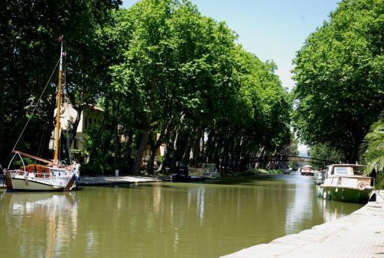Location de vacances en Trèbes, Languedoc-Roussillon - Canal du Midi