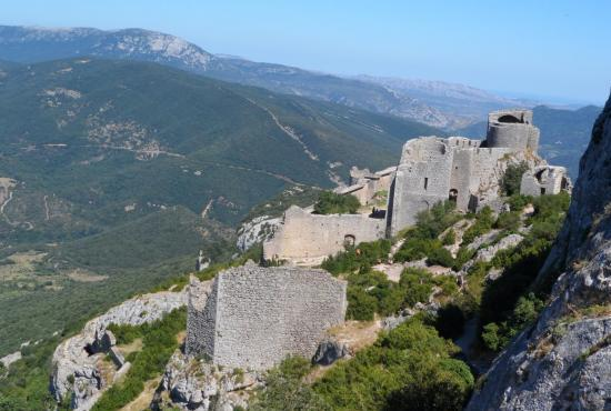 Holiday house in Saint-Julia-de-Bec, Languedoc-Roussillon - château de Peyrepertuse