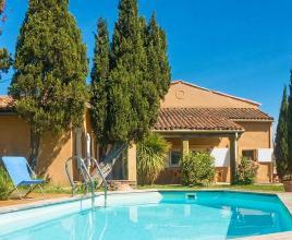 Ferienhaus in Loupia mit Pool, in Languedoc-Roussillon.