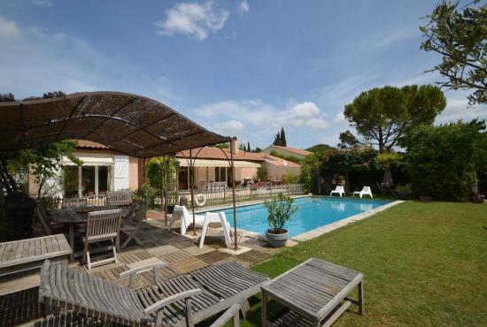 Location de vacances en Cabriès, Provence-Côte d'Azur -