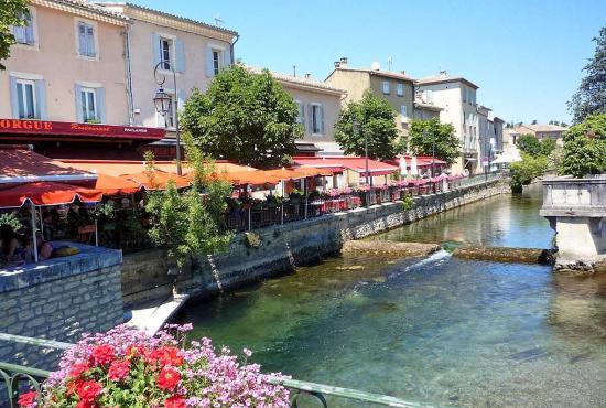 Vakantiehuis in Eyguières, Provence-Côte d'Azur - L'Isle-sur-la-Sorgue