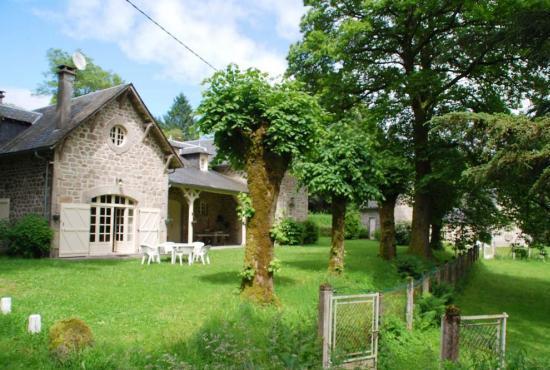 Location de vacances en Chaumeil, Dordogne-Limousin - La maison