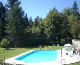 Vakantiehuis in Chaumeil met zwembad, in Dordogne-Limousin.