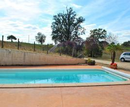 Holiday house in Saint-Pantaléon-de-Larche with pool, in Dordogne-Limousin.