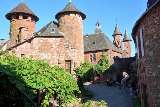 Vakantiehuis in Meyssac, Dordogne-Limousin - Collonges-la-Rouge