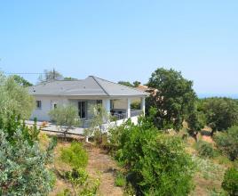 Vakantiehuis in Cervione aan zee, in Corsica.
