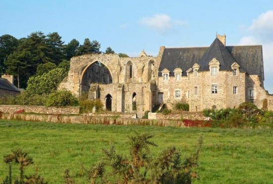 Holiday house in Lancerf, Brittany - Abbaye de Beauport