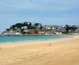 Vakantiehuis in Pléneuf-Val-André aan zee, in Bretagne.