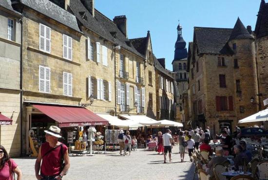 Vakantiehuis in Daglan, Dordogne-Limousin - Sarlat