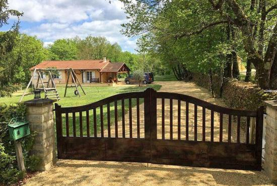 Holiday house in Cénac, Dordogne-Limousin -