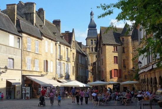 Vakantiehuis in Cénac, Dordogne-Limousin - Sarlat