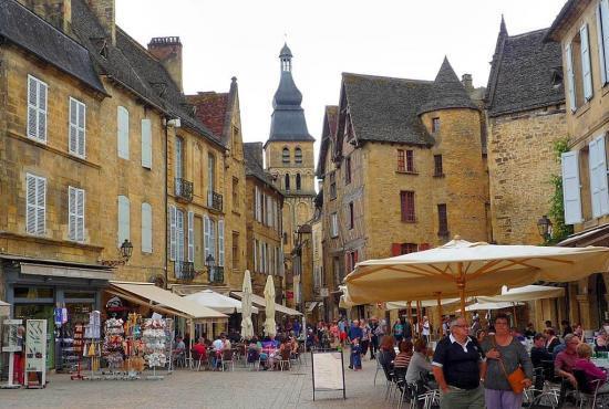 Ferienhaus in  Saint-Vincent-de-Cosse, Dordogne-Limousin - Sarlat