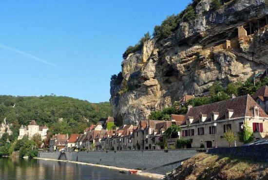 Vakantiehuis in Les Eyzies, Dordogne-Limousin - La Roque-Gageac