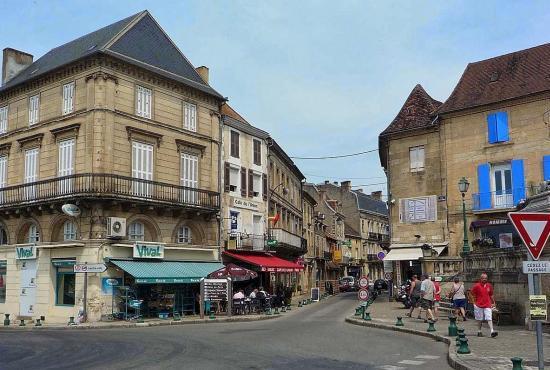 Vakantiehuis in Les Eyzies, Dordogne-Limousin - Le Bugue