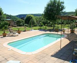Holiday house in Les Eyzies with pool, in Dordogne-Limousin.