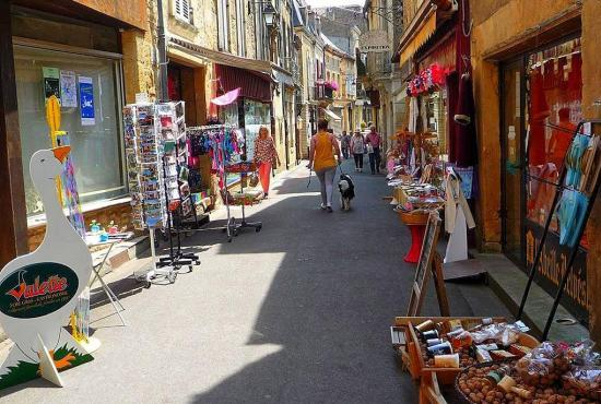 Location de vacances en Saint-Laurent-la-Vallée, Dordogne-Limousin - Belvès
