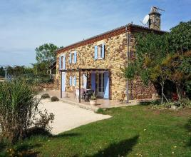 Ferienhaus in Mazeyrolles mit Pool, in Dordogne-Limousin.