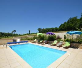 Holiday house in Besse with pool, in Dordogne-Limousin