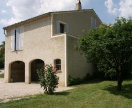 Vakantiehuis in Pierrelongue, in Provence-Côte d'Azur.