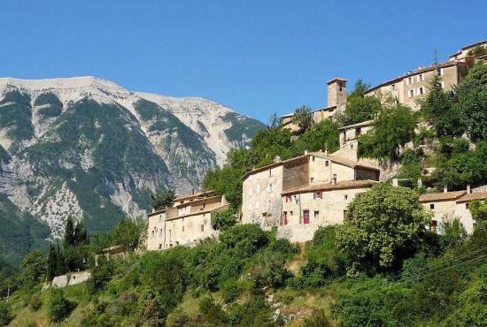 Ferienhaus in  La Roche-sur-le-Buis, Provence-Côte d'Azur - Brantes