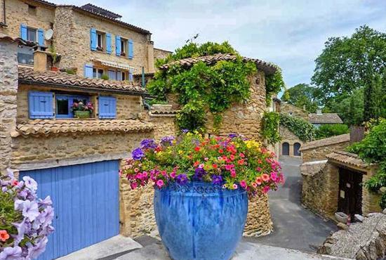 Holiday house in Mirabel-aux-Baronnies, Provence-Côte d'Azur -