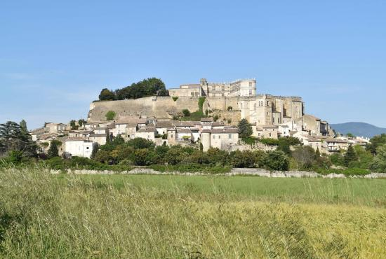 Vakantiehuis in Cléon-d'Andran, Provence-Côte d'Azur - Grignan