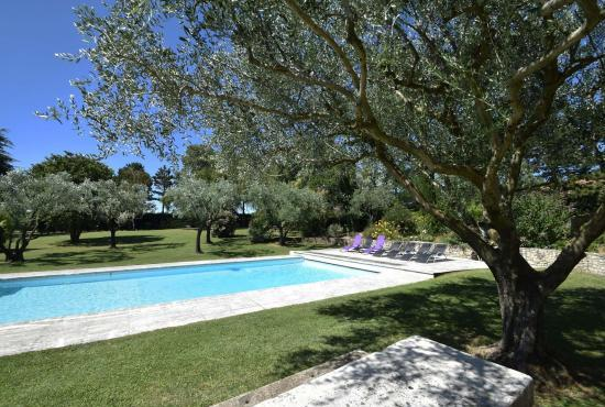 Holiday house in Cléon-d'Andran, Provence-Côte d'Azur -
