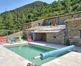 Vakantiehuis in Chaudebonne met zwembad, in Provence-Côte d'Azur.