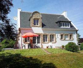 Vakantiehuis in Le Cabellou aan zee, in Bretagne.