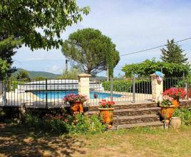 Holiday house in Sénéchas with pool, in Languedoc-Roussillon.