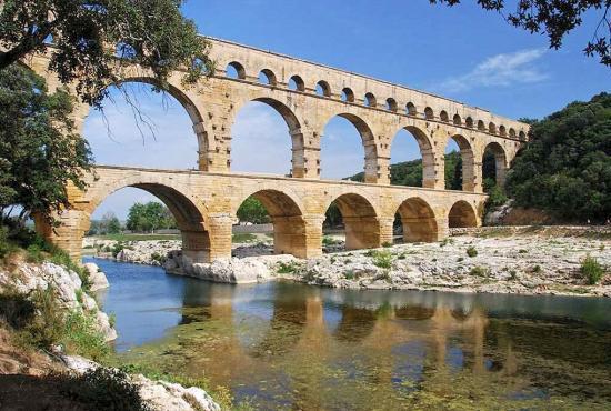 Vakantiehuis in La Bastide-d'Engras, Languedoc-Roussillon - Pont du Gard