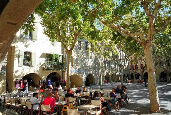 Vakantiehuis in La Bastide-d'Engras, Languedoc-Roussillon - Uzès