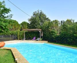 Ferienhaus in Meynes mit Pool, in Languedoc-Roussillon.