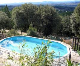 Ferienhaus in Aniane mit Pool, in Languedoc-Roussillon.