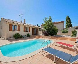 Holiday house in Sérignan with pool, in Languedoc-Roussillon.