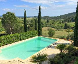 Ferienhaus in Montouliers mit Pool, in Languedoc-Roussillon.
