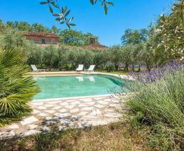 Holiday house in Murviel-lès-Béziers with pool, in Languedoc-Roussillon