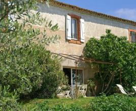 Holiday house in Murviel-lès-Béziers with pool, in Languedoc-Roussillon.