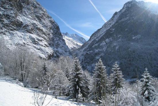 Holiday house in Venosc, Alpes - View in winter