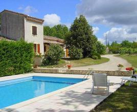 Vakantiehuis in Flaugnac met zwembad, in Dordogne-Limousin.